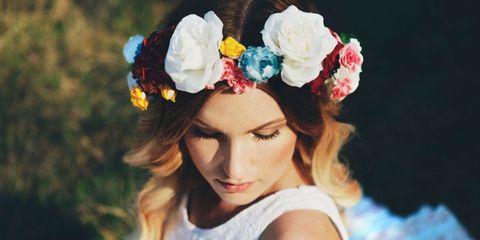 Hair, Headpiece, Hair accessory, Beauty, Hairstyle, Fashion accessory, Headgear, Lip, Spring, Petal,