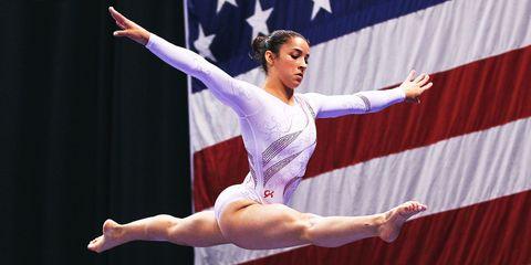 Dancer, Artistic gymnastics, Performing arts, Athletic dance move, Performance, Ballet, Sports, Leotard, Choreography, Dance,