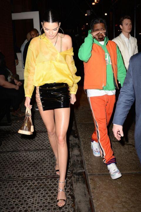 Leg, Fashion, Clothing, Thigh, Yellow, Event, Fashion model, Human body, Fun, Human leg,