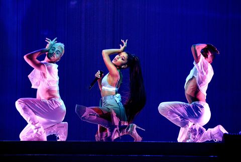 Entertainment, Performing arts, Event, Dancer, Stage, Artist, Performance, Choreography, heater, Concert dance,