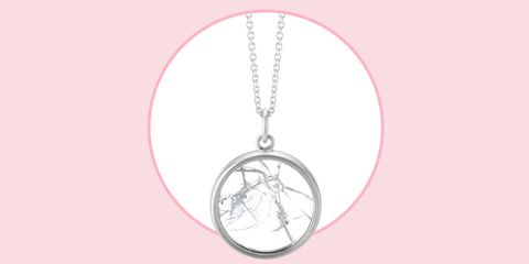 Pendant, Fashion accessory, Chain, Locket, Necklace, Jewellery, Circle, Body jewelry,