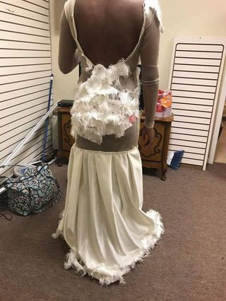 This Prom Dress Fail Is So Horrendous, the Girl Who Bought It Burst ...