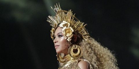 Headpiece, Carnival, Performance, Performing arts, Fashion accessory, Performance art, Costume design, Crown, Jewellery,