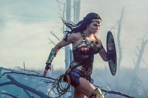 Cg artwork, Fictional character, Wonder Woman, Black hair, Fiction, Illustration, Screenshot, Mythology, Massively multiplayer online role-playing game, Games,
