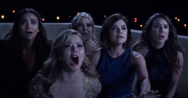 Here's How The Cast of 'Pretty Little Liars' Reacted When They Learned Who  A.D. Was