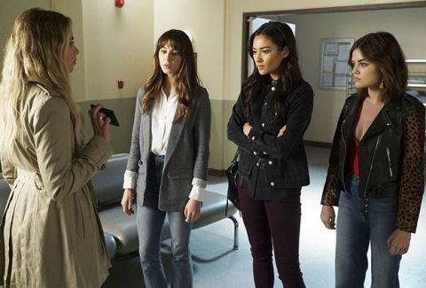 unveiling of uber a in pretty little liars finale