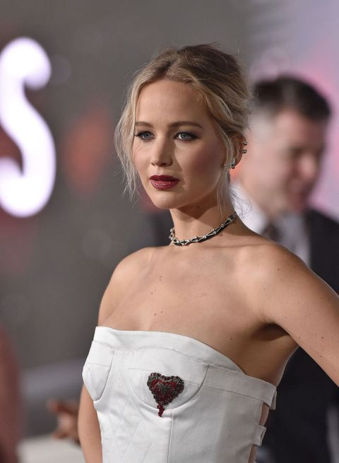 12 Celebs Get Real About Accepting Their Boob Size - Celebrities Who