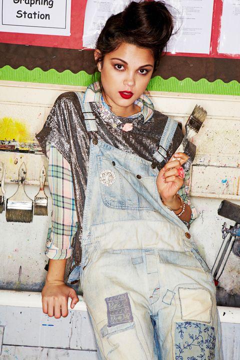 Eyelash, Vintage clothing, Lipstick, Earrings, Fashion design, Button, Makeover, Retro style, Model, Cosmetics,
