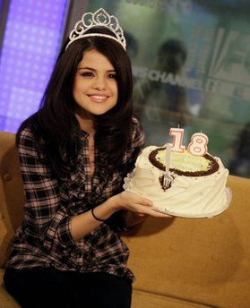 Astounding Selena Gomez Birthday Surprise On Fox And Friends Funny Birthday Cards Online Inifodamsfinfo