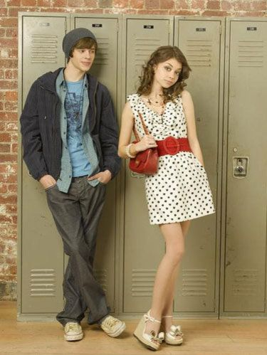 geek charming movie on disney channel sarah hyland and matt prokop star in geek charming. Black Bedroom Furniture Sets. Home Design Ideas