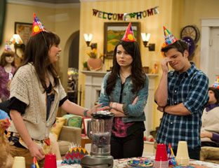 iCarly Special Episode - New Years Eve TV Specials