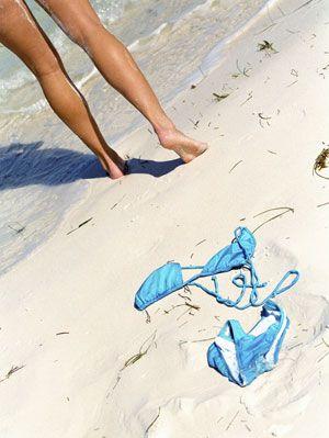 Skinny diping girls [PICS] Thousands