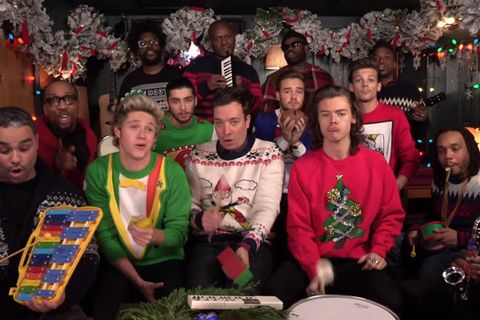 Jimmy Fallon Christmas Sweaters.One Direction Sings Santa Claus Is Coming To Town One