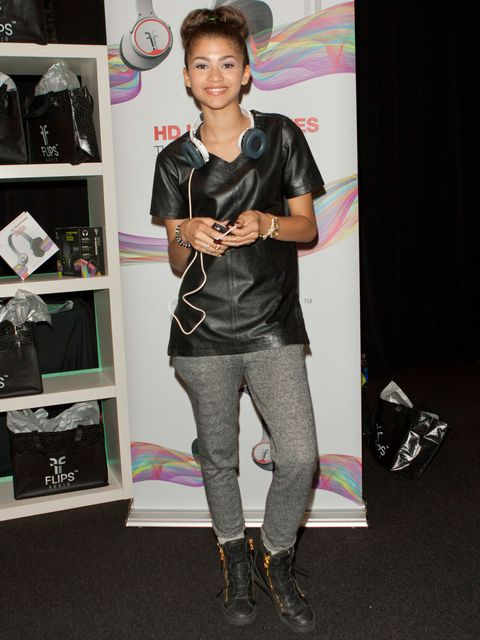 zendaya leather tee shirt sweatpants