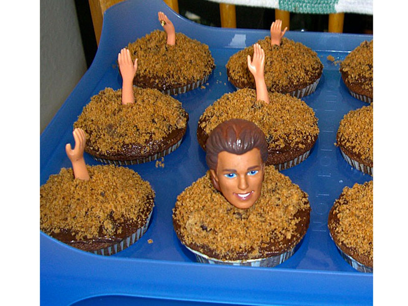 buried alive cupcakes for halloween