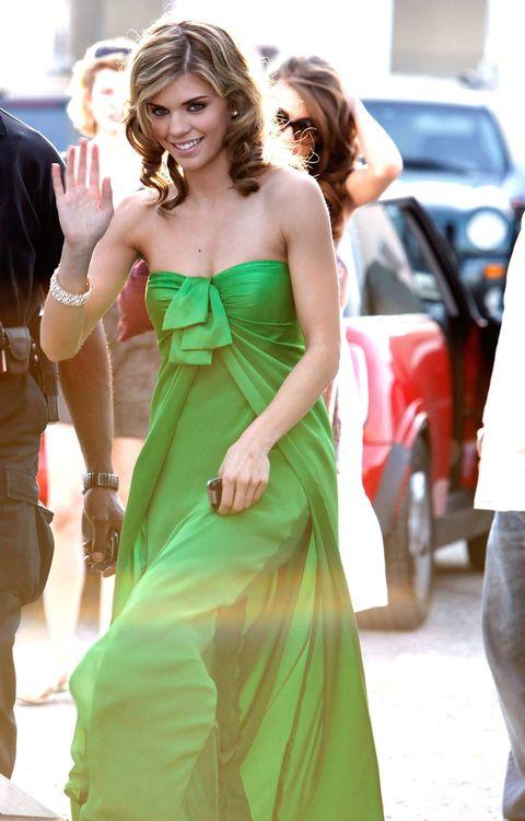 naomi clark's prom dress from 90210