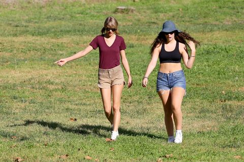 Taylor Swift and Lorde Hike
