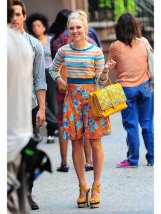 Clothing, Footwear, Leg, Bag, Denim, Jeans, Style, Fashion accessory, Street fashion, Luggage and bags,