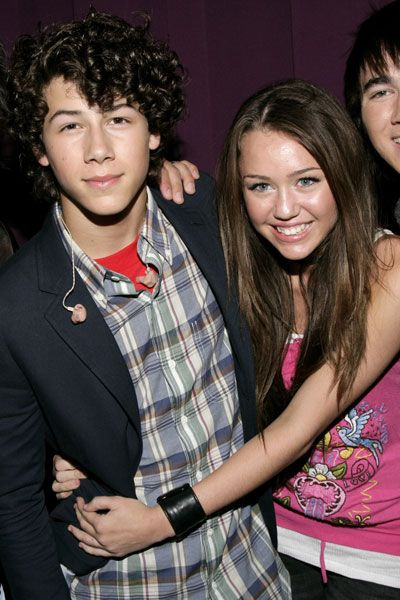 Nick jonas talks about dating miley