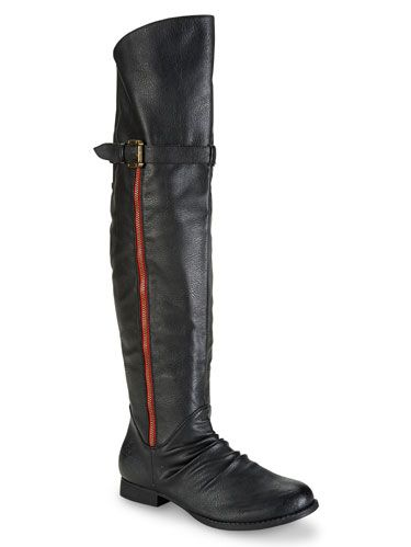 Footwear, Brown, Boot, Riding boot, Shoe, Knee-high boot, Costume accessory, Leather, Black, Tan,