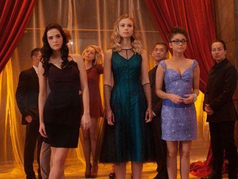 <i>Vampire Academy</i>, February 14