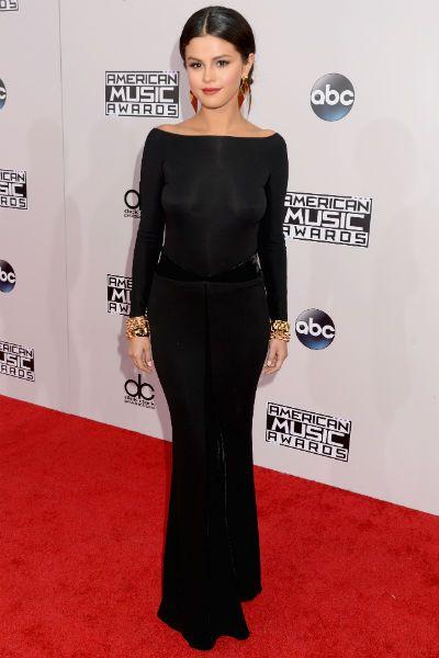 Selena Gomez Black Gown American Music Awards - Selena Gomez 2014 AMAs
