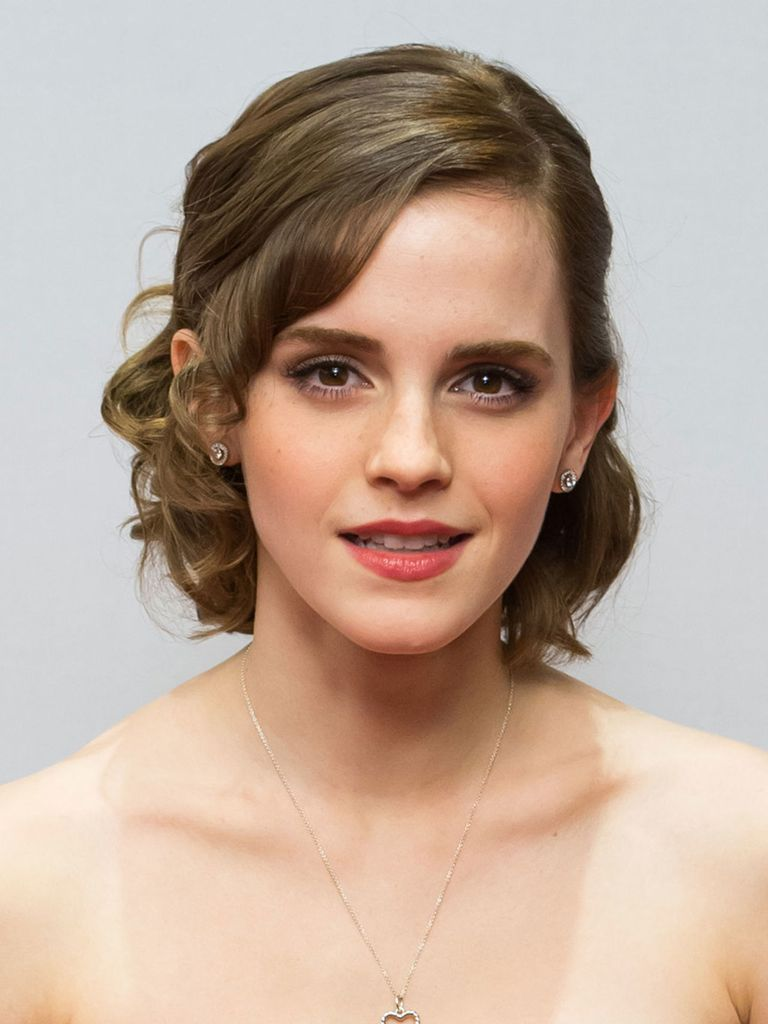 Emma Watson Hair And Makeup Pictures Of Emma Watson S