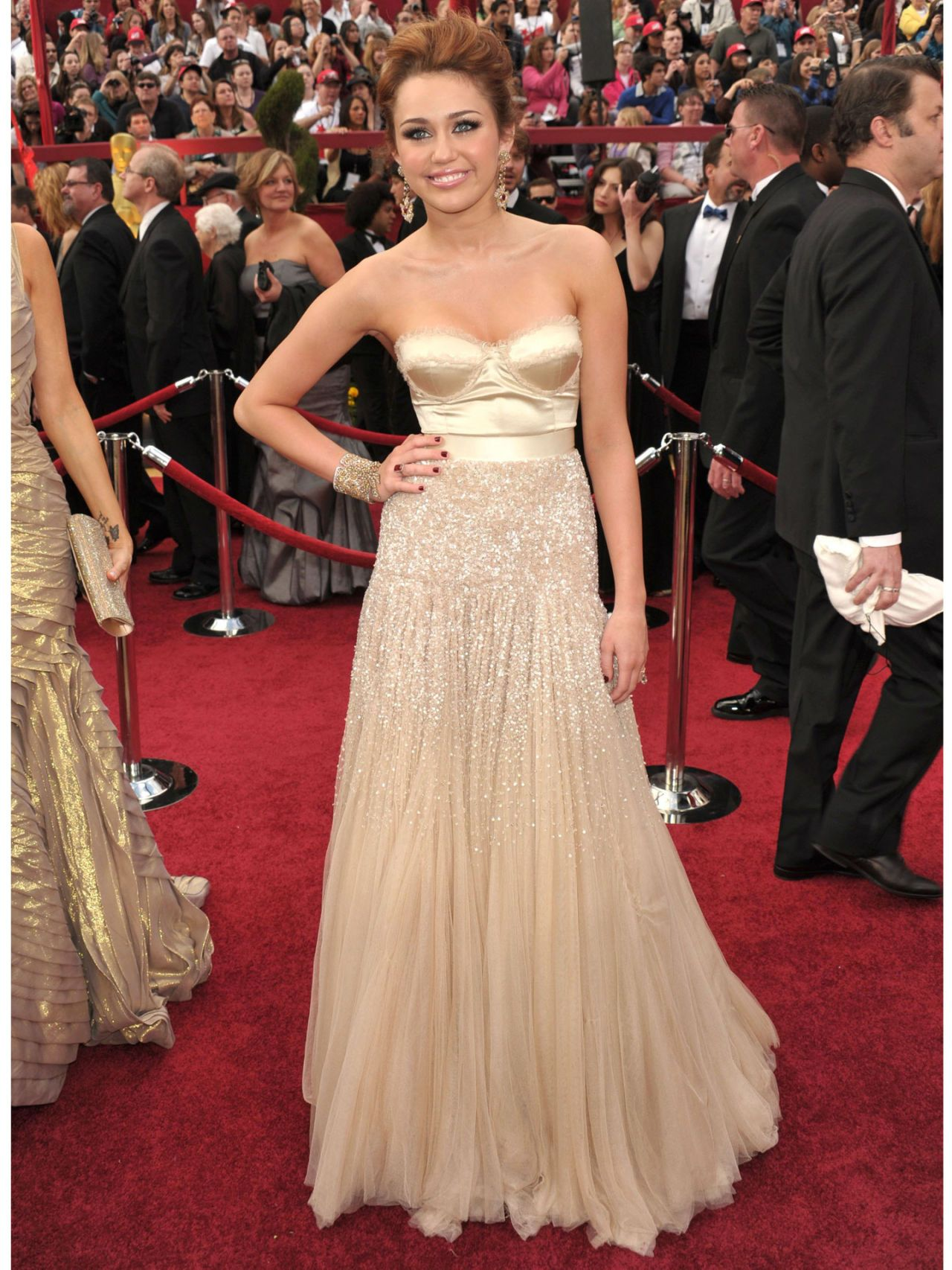 Miley Cyrus Fashion Pictures - Miley Cyrus Style Throughout the Years