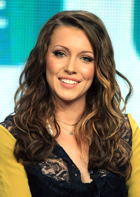 Katie Cassidy brown curly waves