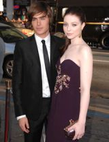 zac efron and michelle trachtenberg at the premiere of 17 Again