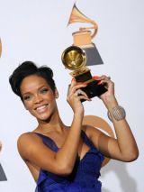 rihanna wins at the 2008 grammy awards
