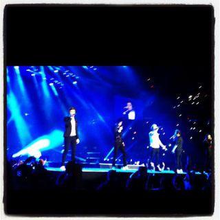 SEV-One-Direction-Golden-Ticket-003