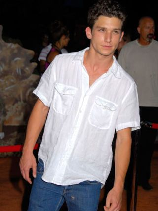 Daren Kagasoff Interview The Secret Life Of The American Teenager Interview with actor daren kagasoff on the secret life of the american teenager, the appeal of the series, and his character the interview took place at the. daren kagasoff interview the secret