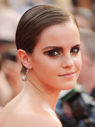 emma watson at the last harry poter movie premiere