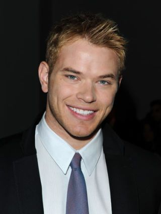 You'll Know Kellan Is Going to Kiss You When...