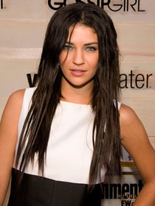 jessica szohr in dreadlocks and black-and-white dress