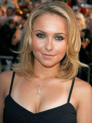hayden panettiere with bad tan lines
