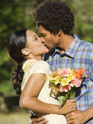 briana kissing