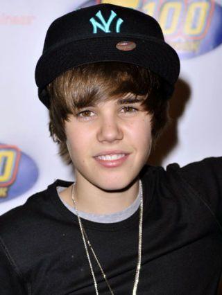 SEV-Justin-Bieber-December-2009