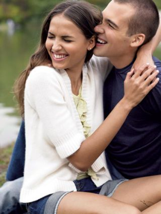 dating weird guys I know it's hard not to overthink things when you're dating since you don't always know where a  (my guest post), 8 weird things women do push guys away .