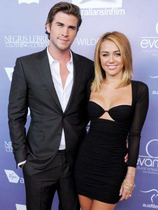 SEV-Miley-Cyrus-Liam-Hemsworth