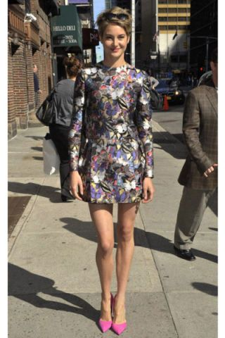Shailene Woodley On David Letterman Floral Abstract Dress