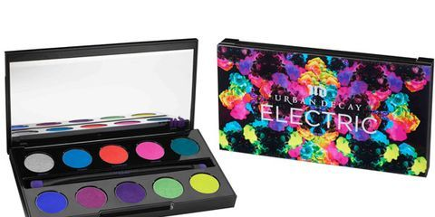 Purple, Magenta, Pink, Violet, Colorfulness, Eye shadow, Teal, Cosmetics, Rectangle, Paint,