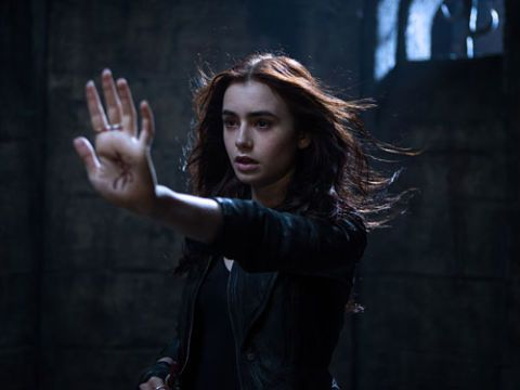 Finger, Gesture, Thumb, Acting, Portrait photography, Fictional character,