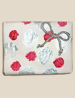 polka dot gift wrap with bow