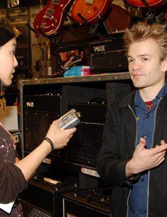 deryck whibley being interviewed