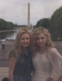 aly and aj in front of the washington monument