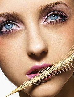 model wearing purplish pink eyeshadow