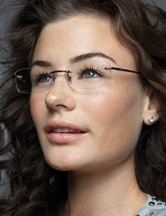 girl wearing rimless glasses
