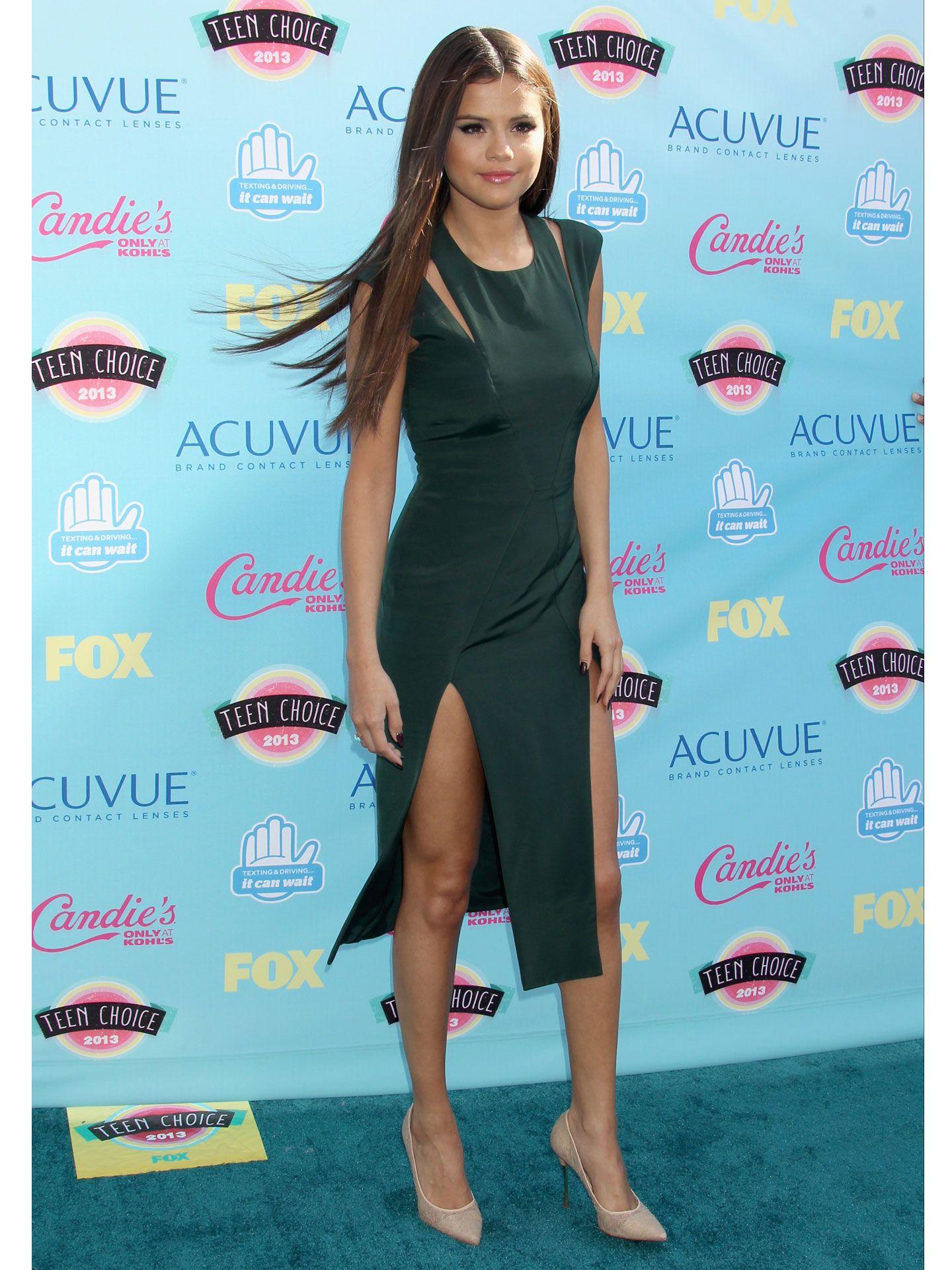 Selena Gomez Pictures - Pics of Selena Gomez Through the Years